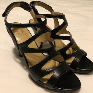 Naturalizer Black Heels in Size 10